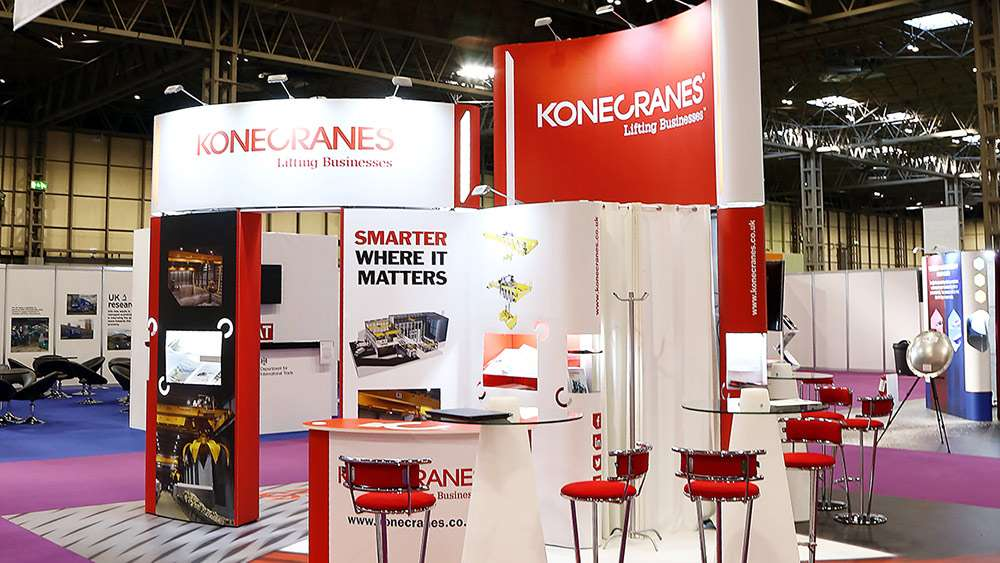 Custom-exhibition-stands-937