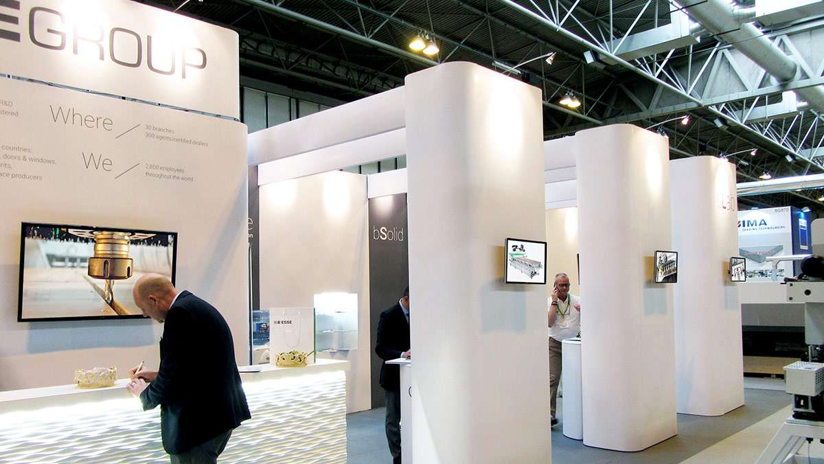 Exhibition-stands-821